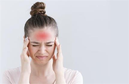 कई तरह का होता है सिरदर्द, लक्षणों से समझिए किस डिसऑर्डर से जूझ रहे...