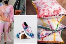 ट्रेंड में आया टाई एंड डाई का फैशन, फुटवियर से लेकर...