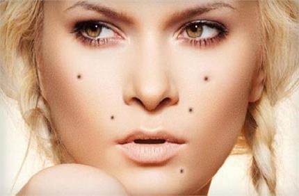 चेहरे पर सामान्य दिखने वाले ये संकेत कर सकते हैं बीमार, न करें...