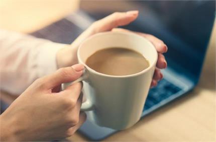 चाय पीने के शौकीन हो जाएं सतर्क, शरीर को पहुंच सकते हैं ये नुकसान