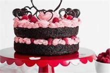 Valentine's Day: पार्टनर के लिए बनाएं स्पैशल कर्ड चोको केक