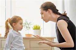Parents Alert: बच्चे को मानसिक तौर से कमजोर बनाती है आपकी ये गलतियां