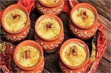Holi: घर पर आसानी से बनाएं बाजार जैसी मटका कुल्फी
