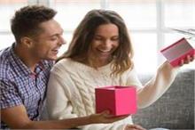 Womens Day: घर की महिलाओं को दें सेहत से जुड़े ये खास Gifts