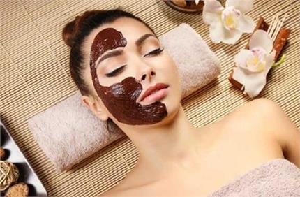 घर पर बनाएं Dry Fruits Mask, एक बार लगाने से ही मिलेंगे कईं फायदे