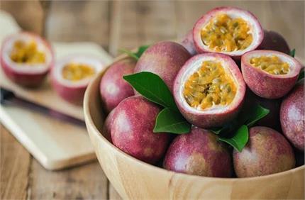 Passion Fruit: इस फल को खाने से डायबिटीज सहित इन समस्याओं से मिलेगा...