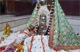 इस मंदिर में महिला रूप में वास करते हैं महादेव, जानें खास...