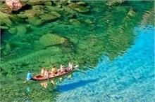 एशिया के सबसे स्वच्छ गांव में है पारदर्शी नदी, बहते पानी...