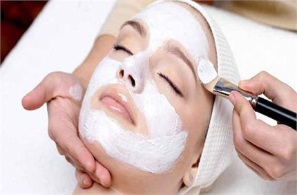 स्किन केयर में शामिल करें मिल्क पाउडर, मिलेगी बेदाग और कोमल त्वचा
