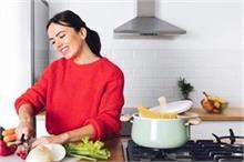 घर में ही कामकाजी बनकर चलाएं अपना क्लाऊड किचन