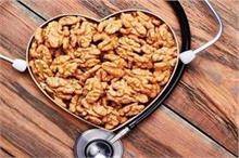 रोजाना खाएं भीगे अखरोट, कैंसर और डायबिटीज जैसी बीमारियां...