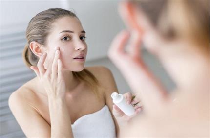 सोने से पहले अपनाएं ये Beauty Tips, निखर जाएगा चेहरा