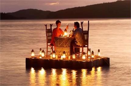गर्मियों में है पार्टनर के साथ घूमने का प्लान तो चुनें ये Romantic...
