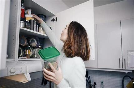 रसोई में मौजूद इन घरेलू चीजों से करें छोटे-छोटे लेकिन जरूरी काम