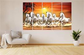 घर पर लगाएं 7 सफेद घोड़ों की तस्वीर, सफलता चूमेगी आपके कदम
