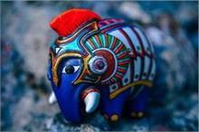 नीला हाथी और गैंडा बदल सकते हैं आपकी किस्मत, जानिए कैसे?