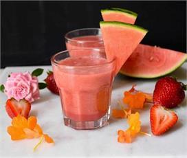 गर्मियों में बनाकर पीएं ठंडी-ठंडी Watermelon Smoothie