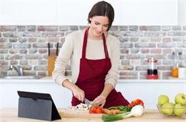 आपके काम को आसान बना देंगी ये 8 Kitchen Hacks