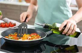 ज्यादा तेल होने से बिगड़ गया है सब्जी का स्वाद तो जायका बढ़ा...