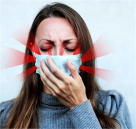 क्या मास्क लगाकर बोलने या खांसने पर भी वायरस बाहर आ सकता...