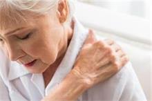 जानिए, घर पर ही कैसे पाए कंधे के दर्द से निजात