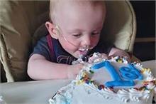 दुनिया का सबसे Premature Baby, हर मुश्किल पार कर मनाया पहला...