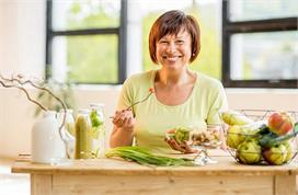 Women Care: महिलाओं को फिट रखते हैं ये Super Foods