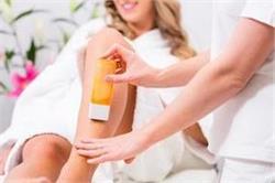 रोल ऑन वैक्सिंग से बिना दर्द के हटाएं अनचाहे बाल, यूं करें इस्तेमाल
