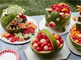मेहमानों को ऐसे सर्व करें Watermelon, हो जाएंगे खुश