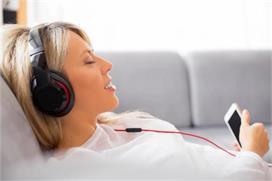 World Music Day: कई बड़ी बीमारियों का इलाज है संगीत, जानिए...