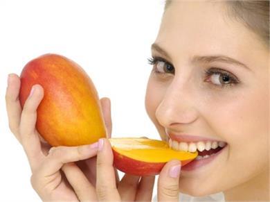 Weight Loss के लिए बेहद फायदेमंद है आम, जानें कैसे और कब खाएं
