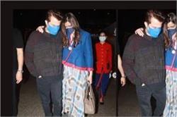 लंदन से भारत लौटीं सोनम कपूर तो एयरपोर्ट पर पिता को देख निकले आंसू, लोग बोले- प्रेग्नेंट है क्या?