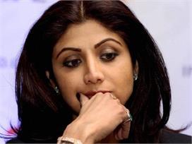 पूछताछ के वक्त पुलिस के सामने ही शिल्पा ने राज की लगा दी थी...