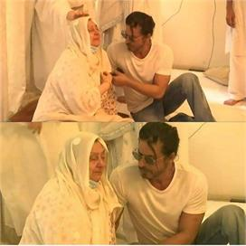 दिलीप कुमार के निधन पर रोती हुई दिखीं सायरा बानो, शाहरुख...