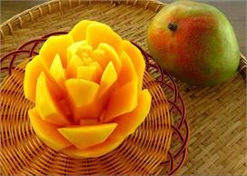 Food Art: मेहमान हो जाएंगे खुश अगर ऐसे सर्व करें Mango
