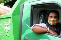 लॉकडाउन में नौकरी छूटी तो परिवार की जिम्मेदारी निभाने के लिए टीचर से बनी ड्राइवर