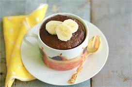 आज बच्चों को खिलाएं हैल्दी Banana Mug Cake