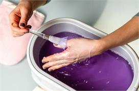 Paraffin Wax से रूखे हाथों को बनाएं मुलायम, जानें बनाने और...