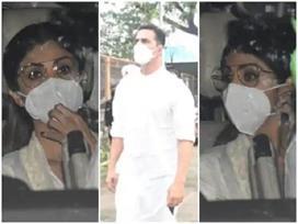 पति राज कुंद्रा के जेल में रहते हुए शिल्पा को सताई अक्षय...