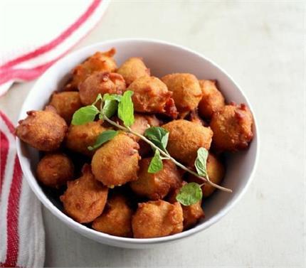 ये नहीं खाया तो क्या खायाः बरसाती मौसम में खाएं Jowar Pakoras
