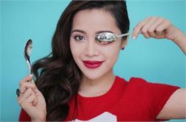 Spoon Hacks: मस्कारा लगाने से लेकर आंखों की सूजन हटाने तक,...
