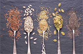 वजन घटाने से लेकर इम्यूनिटी बढ़ाने तक फायदेमंद है ये 6 Seeds