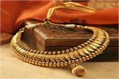 increase in gold prices due to festive season know what is the price