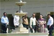 sonia gandhi reached allahabad