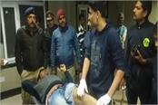 encounter meerut police arrested two gangsters