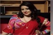 pooja gandhi ran away from bengaluru hotel