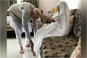 pm modi to go to gujarat to take blessings of mother hiraben