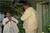 naidu meets mamata today on alliance