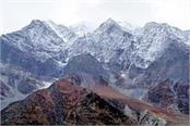 snowfall started on hills of lahaul spiti