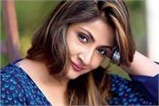 beauty secrets of tv actress urvashi dholakia